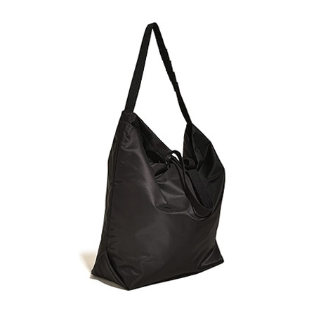 Carry All Tote with Snap Button-Black