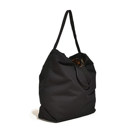 Carry All Tote with Snap Button-Bk/Che